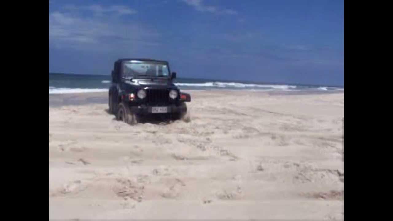 4x4 4wd Action 4wd Stuck In Sand On Beach Bribie