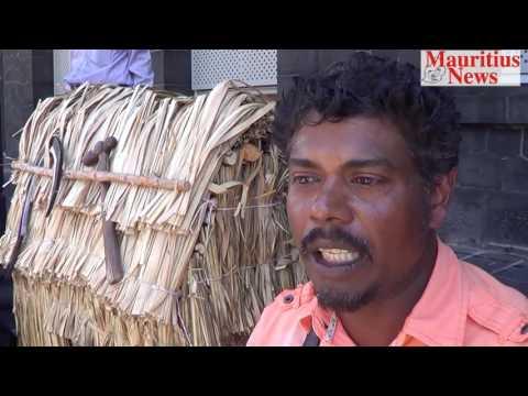 Mauritius News: Camp Carole manifeste à Port Louis