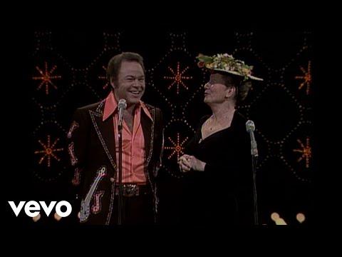 Roy Clark, Minnie Pearl - Comedy Routine