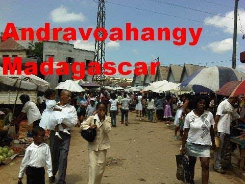 Andravoahangy 🐮 Marché le plus important de Antananarivo 🐷  Madagascar -LaReunionTV-