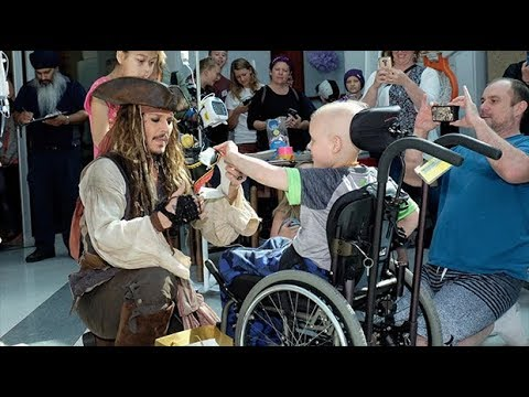 Johnny Depp surprises children's hospital patients dressed as Captain Jack Sparrow