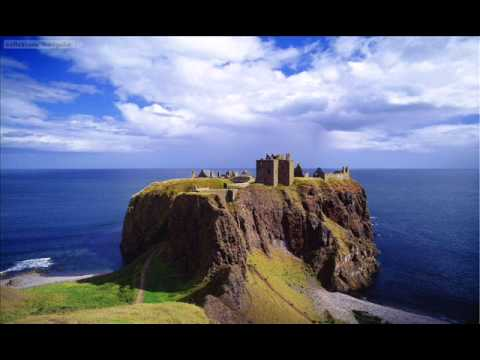 Scottish Pipes & Drums-Celtic-Albannach and The Rogues-Gravel walk