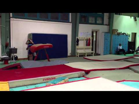 """amr ahmed """"EGY"""" double tuck with one twist training 2012"""
