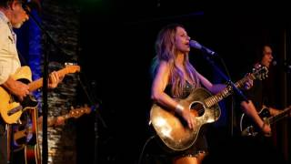 Watch Kasey Chambers Crossfire video