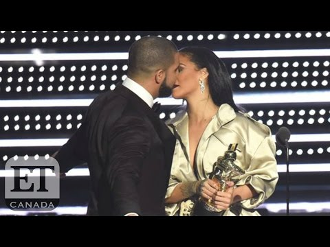 Drake Proclaims Love For Rihanna At 2016 VMA's