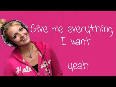 R5- Love Me Like That