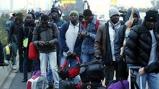 """""""Jungle"""" de Calais : première phase de l"""