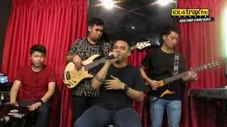 Traxkustik On Air : Teza Sumendra - I Want You, Love