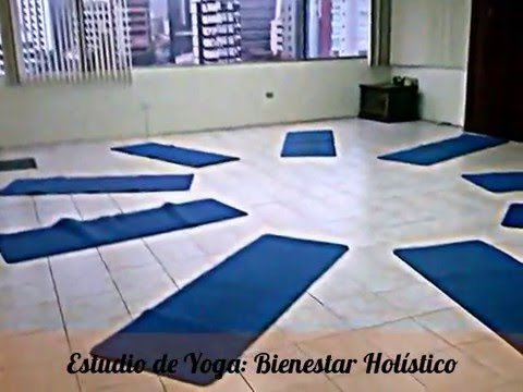 Estudio de Yoga en Quito, Ecuador: Bienestar Holístico...