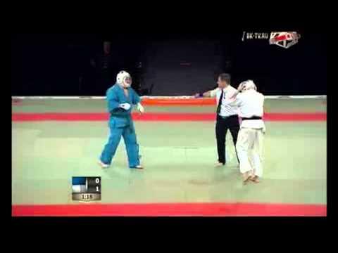 Давид Громов Россия (в синем)- Александр Козлов Украина( в белом) 1/8 Kudo Challenge 2013