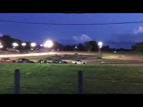 4 cylinder heat at Paradise Speedway 2019