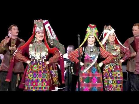 Удмуртский ансамбль «Айкай» на концерте Татгосфилармонии исполнил песни на татарском языке