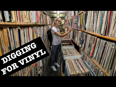 GREENPOINT, BROOKLYN: FOOD & VINYL RECORDS NYC