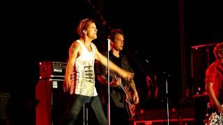 Die Toten Hosen - You'll Never Walk Alone [HD] live