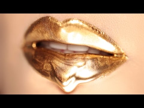Dripping Golden Lips