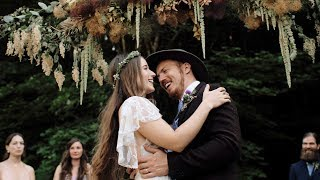Baixar A Festival Wedding in the Woods – Noelle and Braden