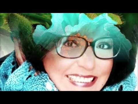 Nana Mouskouri - Amapola (Poppy) HQ + lyrics