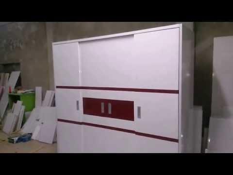 Tủ nhựa đài loan 4 cánh đẩy trắng kẻ đỏ