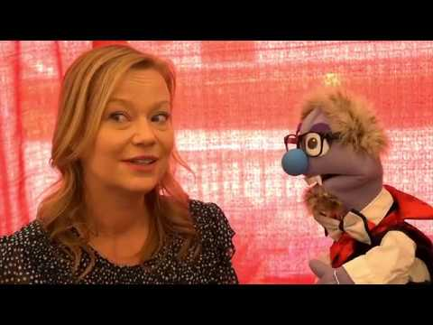 That Time Samantha Mathis, Daisy from Super Mario Bros., and a Puppet Defeated King Koopa