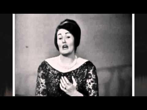 "JOAN SUTHERLAND sings LEONCAVALLO'S "" MATTINATA""    1960"