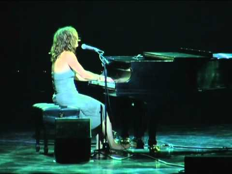 Coral Egan Live at La Place Des Arts