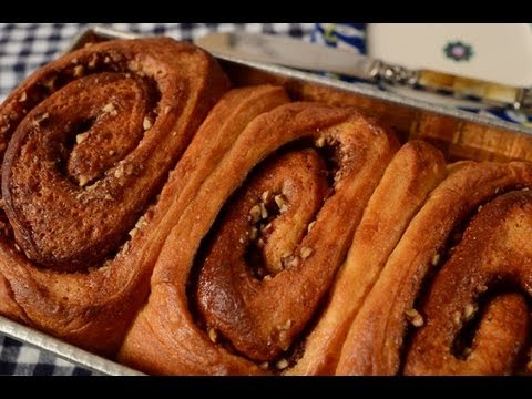 Cinnamon Roll Bread Recipe Demonstration - Joyofbaking.com