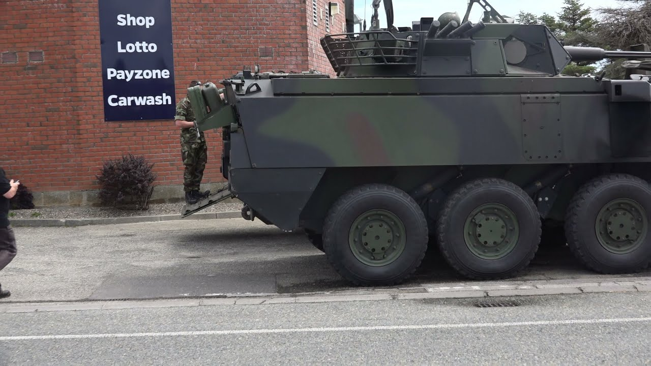 Mowag Piranha 8x8 Armoured Personal Carrier Youtube