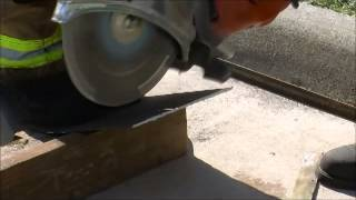 The EXTRACTOR-II Rescue Blade™ -  Cutting Auto Body Metal