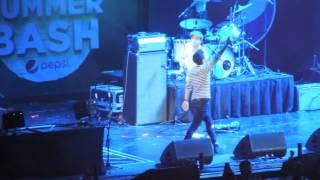Niall Horan - Slow Hands Live @ B96 Summer Bash