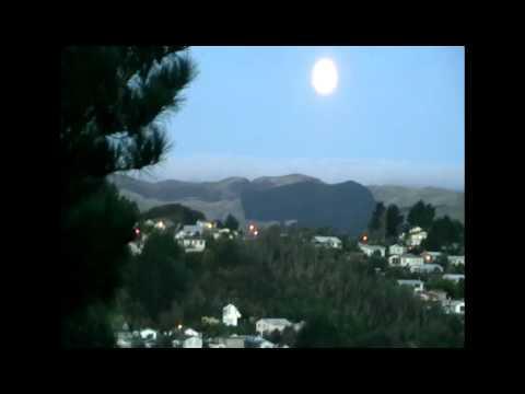 2012-05-06 - ROYALW1979 - SUPER MOON, PORIRUA, NZ 2012 [TIME LAPSE]