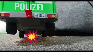Playmobil Spiele - Lena und Max (Folge 3) - Ausbruch aus dem Transportwagen thumbnail