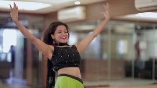 Kamariya Garba Dance Choreography | Mitron |