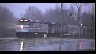 Amtrak F40PH in the Rain