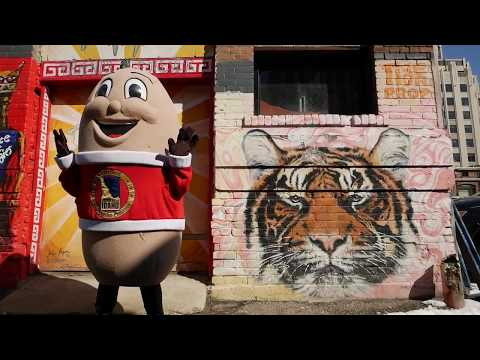 Spuddy Buddy Discovers Freak Alley
