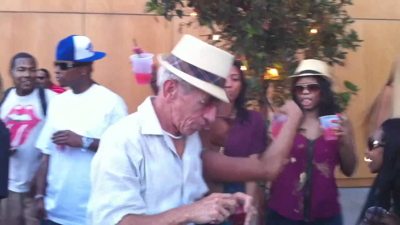 Old Man Dances With Young Girls At Pool Party Youtube