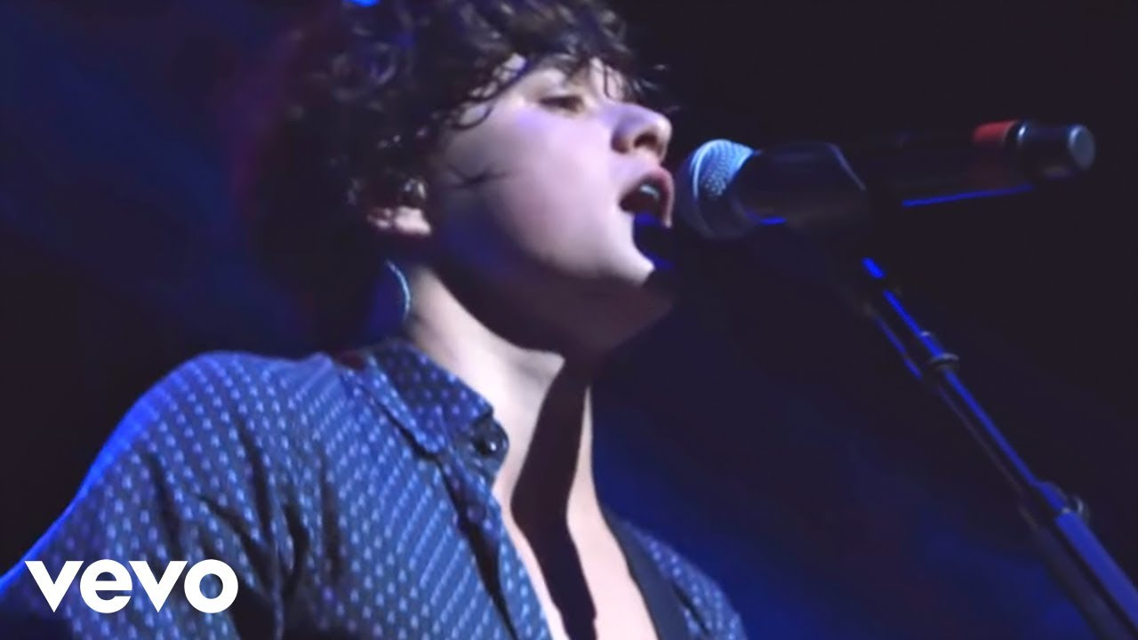 The vamps last night live from birmingham vevo lift - Who was in my room last night live ...