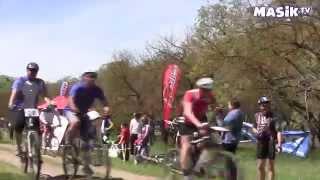 велогонка по горным дорогам(Соревнование на горной трассе, где катаются профессиональные спортсмены. Все это можно посмотреть вместе..., 2014-05-13T11:26:14.000Z)