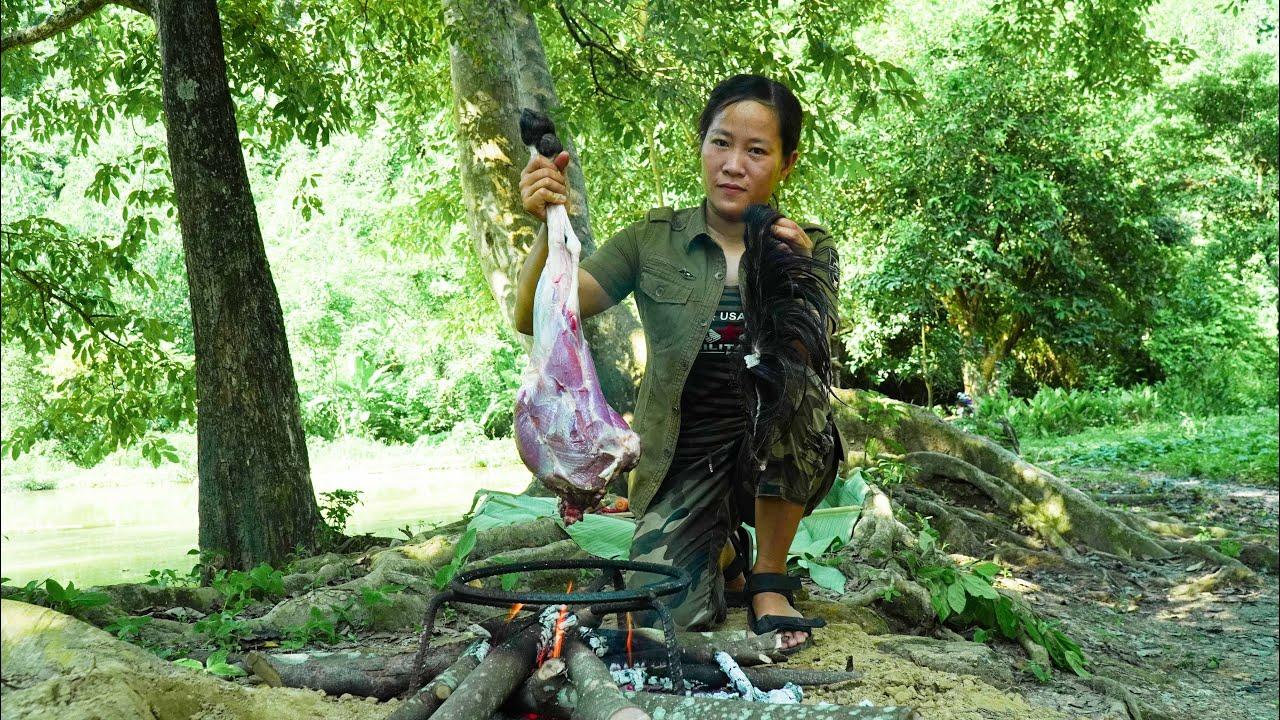 Camping alone: Enjoy the big goat thigh, Fishing, Amazing natural scenery
