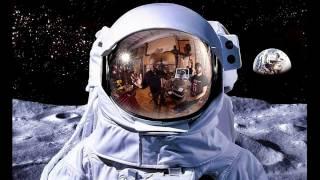 Сериал: Как летается в космос. Серия 2 - Свет