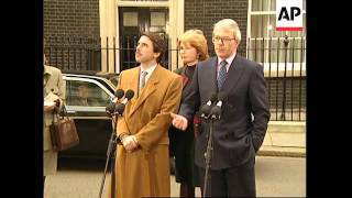UK: LONDON: SPANISH PRIME MINISTER JOSE MARIA AZNAR MEETS JOHN MAJOR