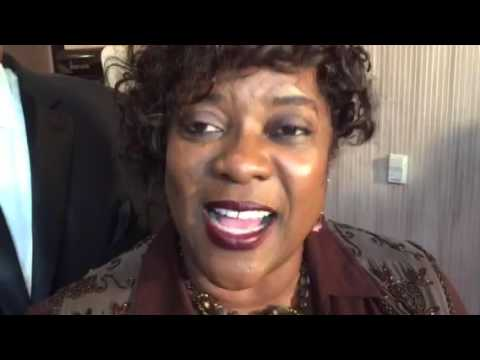 Loretta Devine On Diversity In Hollywood At Night Of 100 Stars Oscars Party #Oscars #NightOf100