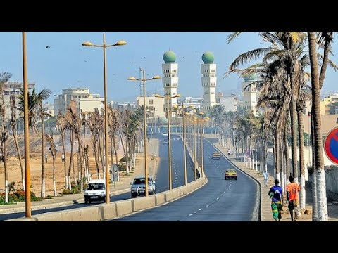 🚨🚨🚦DRIVING 🚘THROUGH THE NICEST CORNICHE IN WEST AFRICA 🌎 . #dakar #senegal #culture #kingBmd