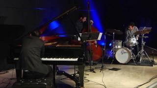The Alfredo Rodriguez Trio Perform Veinte Anos Blue Green Akron Art Museum.mp4