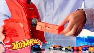 Car Maker | @Hot Wheels