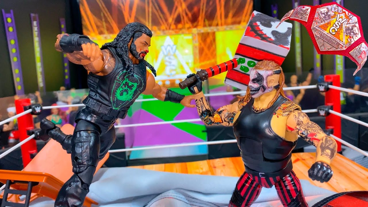 THE FIEND BRAY WYATT VS ROMAN REIGNS HARDCORE CHAMPIONSHIP ACTION FIGURE MATCH!