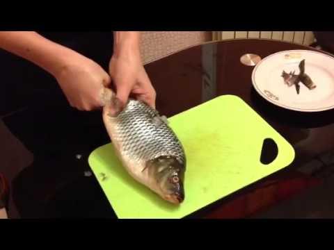 как разделать рыбу карпа видео