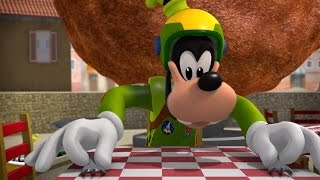 Mickey and The Roadster Racers Happy Helpers Goofy And The Runaway Meatball