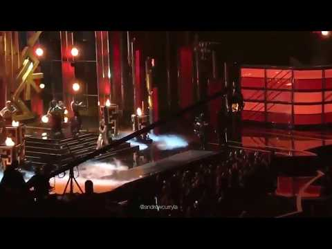 Camila cabello  no billboard music awards 2017  - Crying in the Club