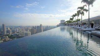 Открытый бассейн на крыше отеля (Marina Bay Sands).(, 2015-08-08T10:43:36.000Z)
