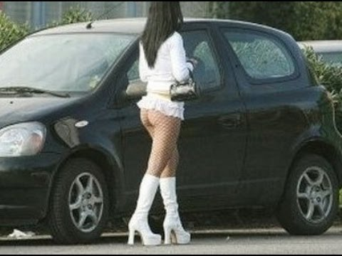 Проститутка - запись в трудовой книжке ))